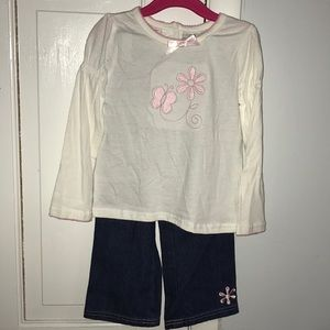 54d51f9772b2 Young Hearts Matching Sets - NWT 3 piece set